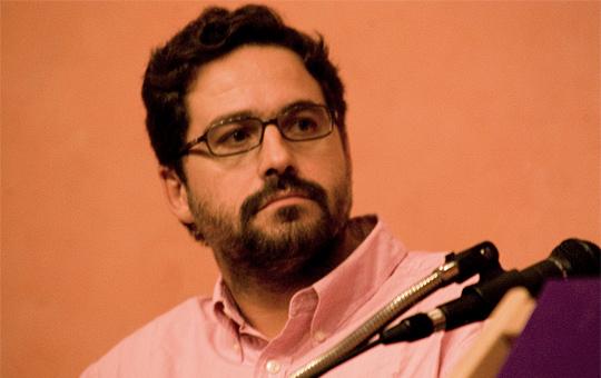Gonzalo Fanjul durante la charla que dio en IPES