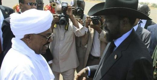 Omar al Bashir, izquierda y Salva Kiir, derecha